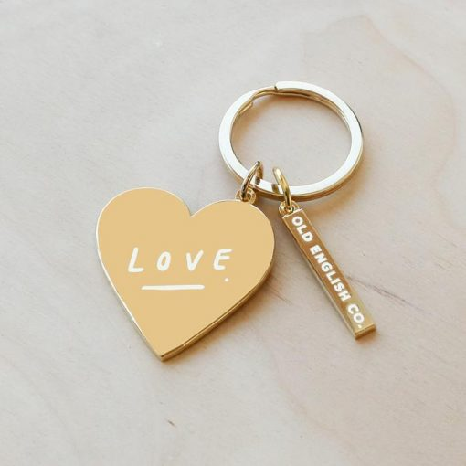 In-the-box-gifts-love-heart-keyring-old-english-company-01