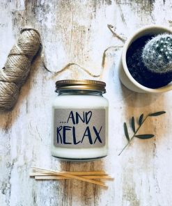 in-the-box-gifts-and-relax-candle-english-pear-and-freesia-soy-wax-candle