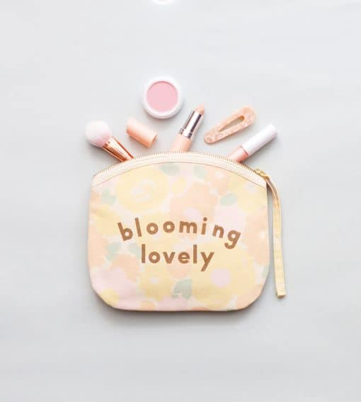 in-the-box-gifts-alphabet-bags-blooming-lovely-canvas-make-up-bag-001