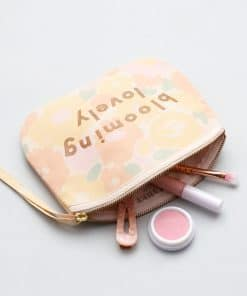 in-the-box-gifts-alphabet-bags-blooming-lovely-canvas-make-up-bag-004