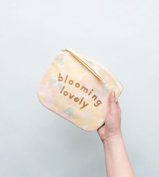 in-the-box-gifts-alphabet-bags-blooming-lovely-canvas-make-up-bag-005