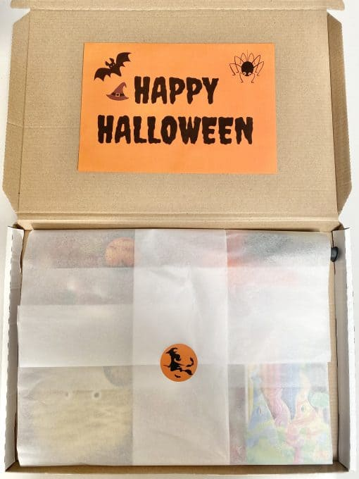 In-the-box-gifts-halloween-letterbox-gift-0010