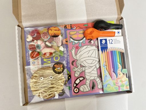 In-the-box-gifts-halloween-letterbox-gift-002